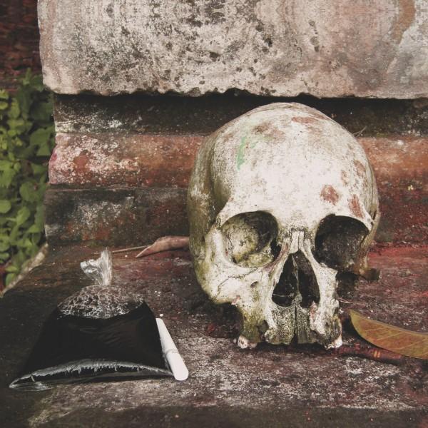 the-gamelan-of-the-walking-warriors-gamelan-beleganjur-and-the-music-of-the-ngaben-funerary-ritual-in-bali-lp-akuphone-cover