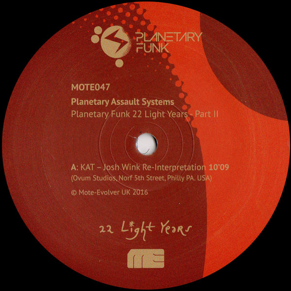 planetary-assault-system-planetary-funk-22-light-years-series-pt-2-mote-evolver-cover